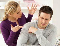 Cằn nhằn không giúp chồng bạn bỏ được thuốc lá